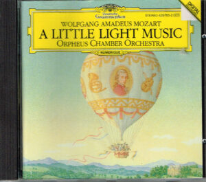 Wolfgang Amadeus Mozart, Orpheus Chamber Orchestra – A Little Light Music EAN 028942978324