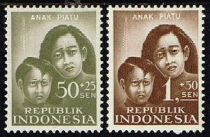 Indonesië 1958 Ten bate van de Weeskinderen Michel 218-220