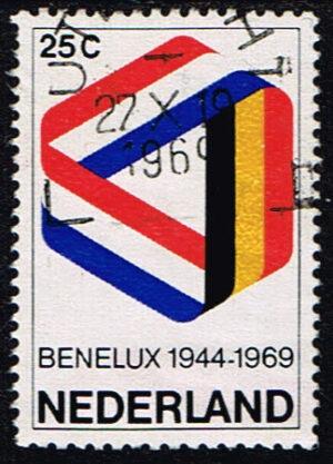Nederland 1969 25 jaar Benelux gestempeld NVPH 930
