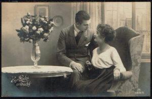 Postkarte Liebespaar Zur Liebe erwacht Römer - Verlag Ross 5892/6