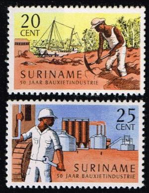 Suriname 1966 50 jaar Bauxietindustrie NVPH 468-469