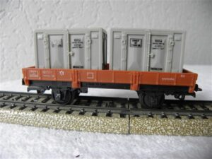 Jouef H0 644 platte wagon met containers