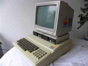 Apple IIE computer 1984 Philips beeldscherm twee Taxan Disc